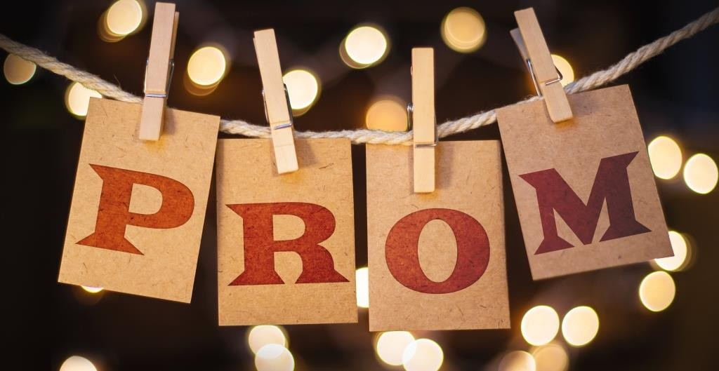 Make this year a prom to remember!